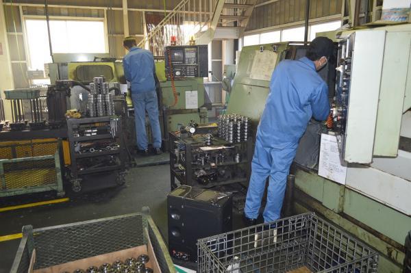 (有)タテノ精工 工場内1
